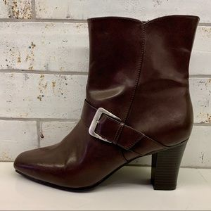 Predictions Brown Buckled Zipper Ankle Boots Sz. 9